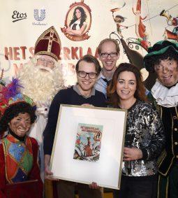 Perspresentatie Sinterklaasmeezingboek met Kim-Lian van der Meij op het ROC Utrecht.
